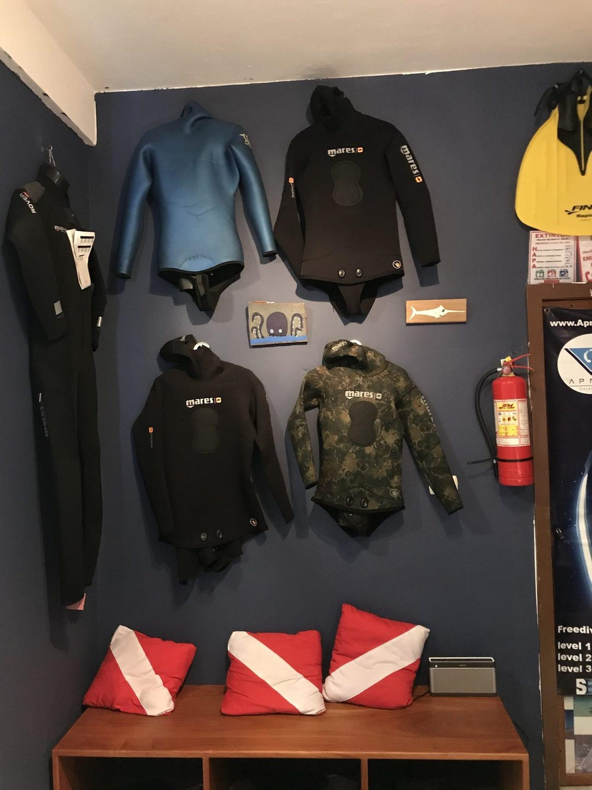 Dive center photo
